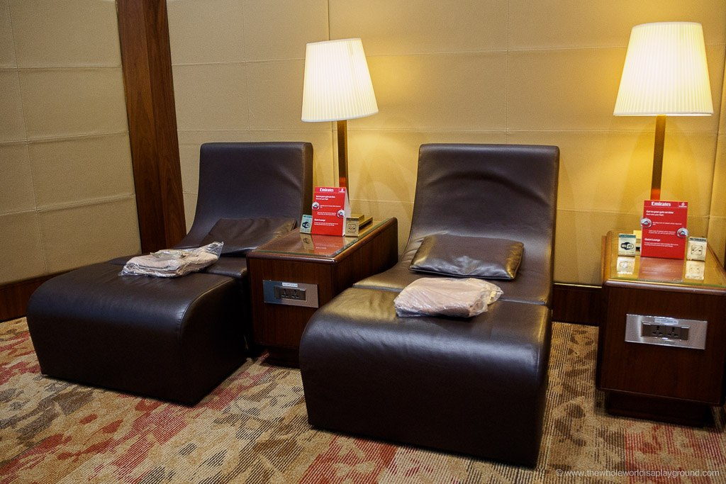 Emirates-Dubai-Business-Class-Lounge-Terminal-3-16