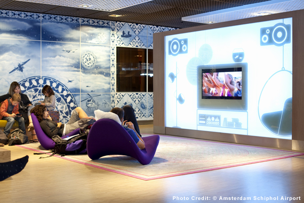 ams-lounge-PC-amsterdam-schiphol-airport